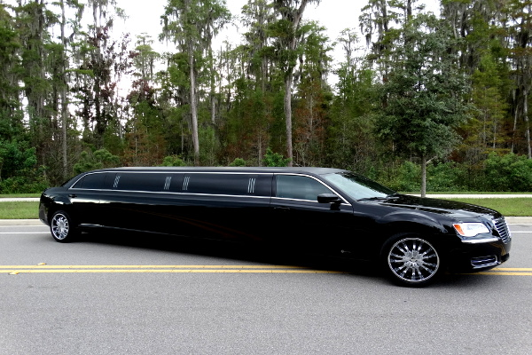 Chrysler 300 limo service Newark