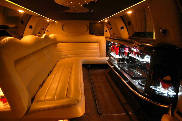 lincoln limo service Newark
